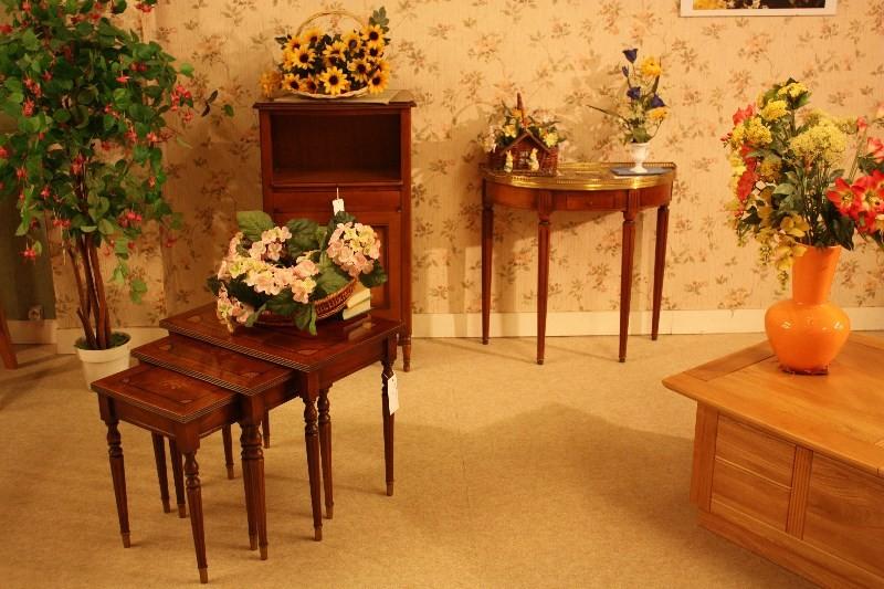 meubles rocchetti petits meubles. Black Bedroom Furniture Sets. Home Design Ideas