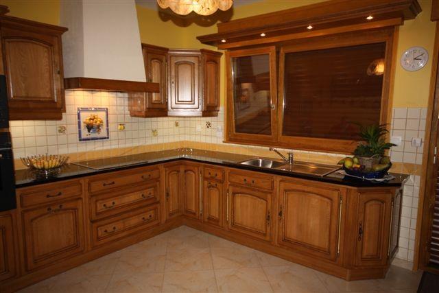 cuisine cuisine rocchetti ventoux teinte 23 dor meubles rocchetti nord. Black Bedroom Furniture Sets. Home Design Ideas