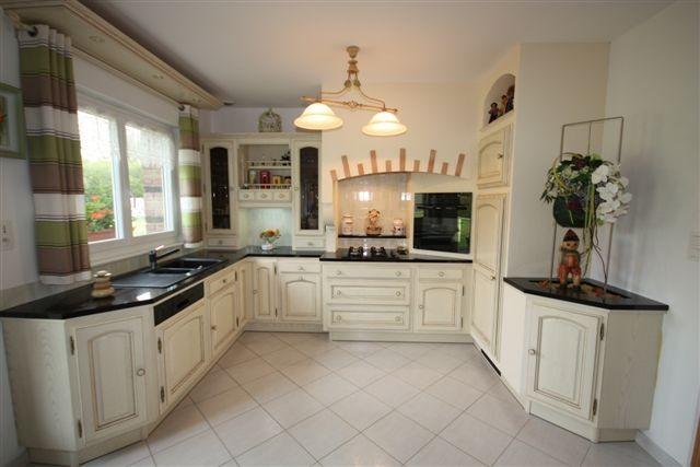 cuisine rocchetti angers ivoire patine brune meubles rocchetti nord. Black Bedroom Furniture Sets. Home Design Ideas
