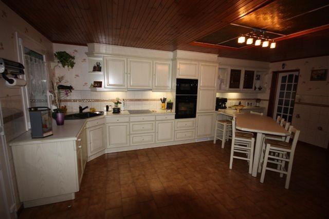 Cuisine rocchetti lucie ivoire patine verte meubles - Cuisine couleur ivoire ...
