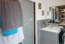 Salle de bain ROCCHETTI RIVOLI laqué gris alu brillant