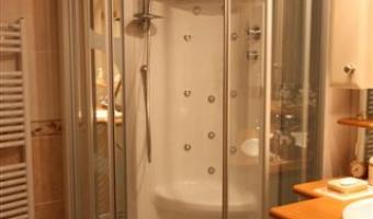 Salle de bain ROCCHETTI Douche en angle balnéo