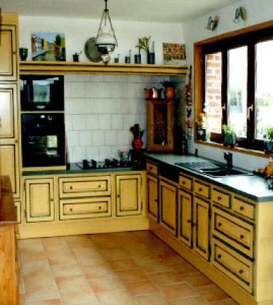Cuisine ROCCHETTI Blois laqué jaune