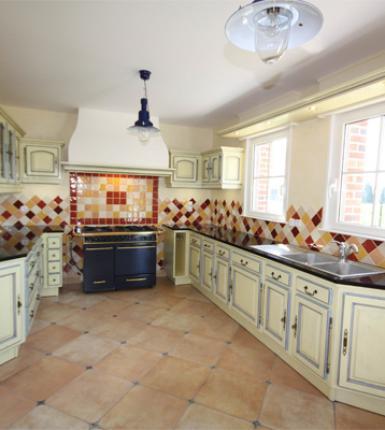 Cuisine ROCCHETTI Blois ivoire patine grattée